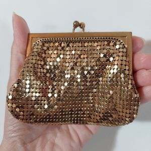 Vintage 50s gold mesh whiting and Davis style coin